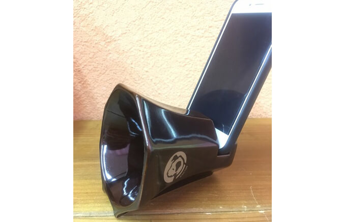 Victor Smartphone Speaker