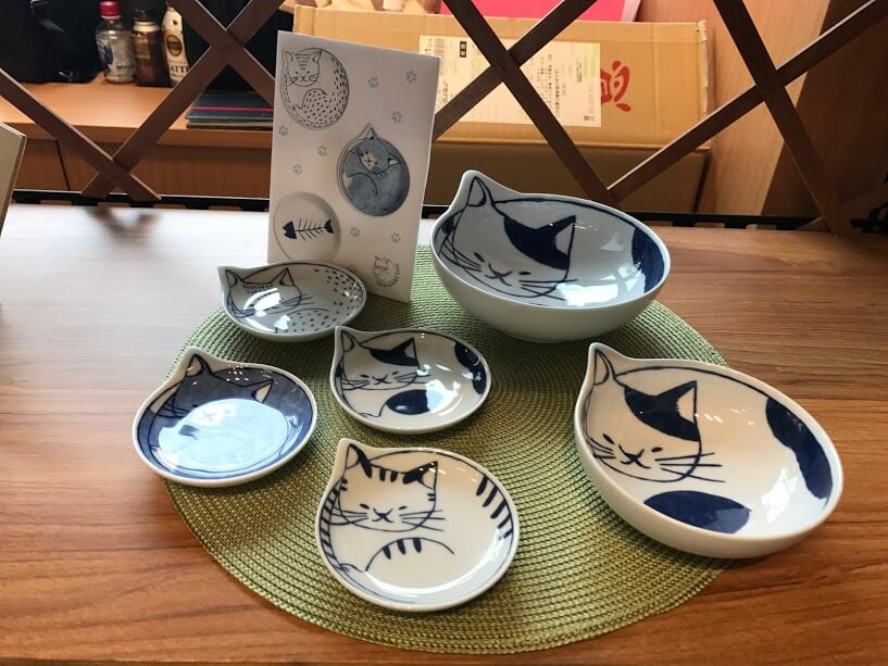 Cat plate Fukuda Toki